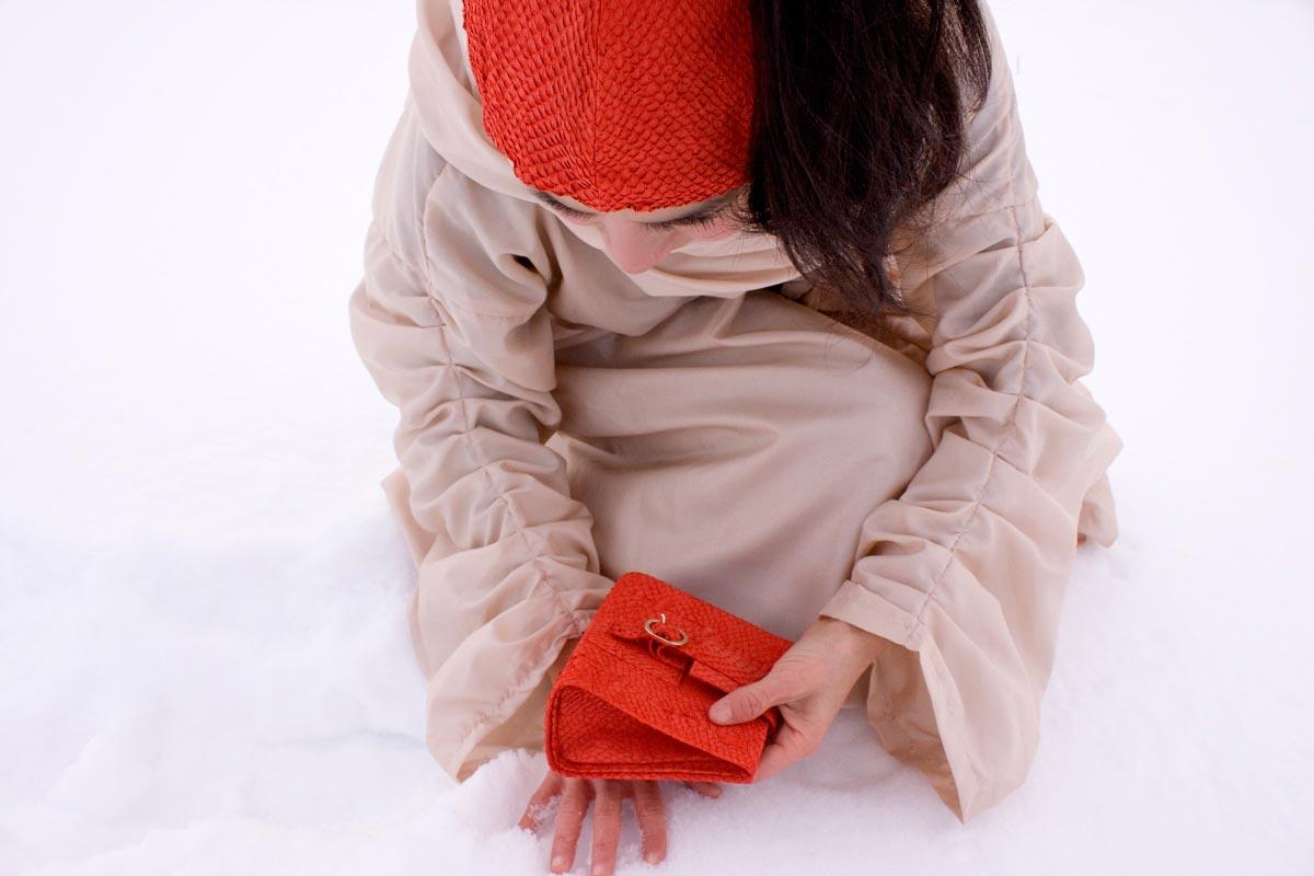 11lachsleder_tasche_fotoshooting_winter