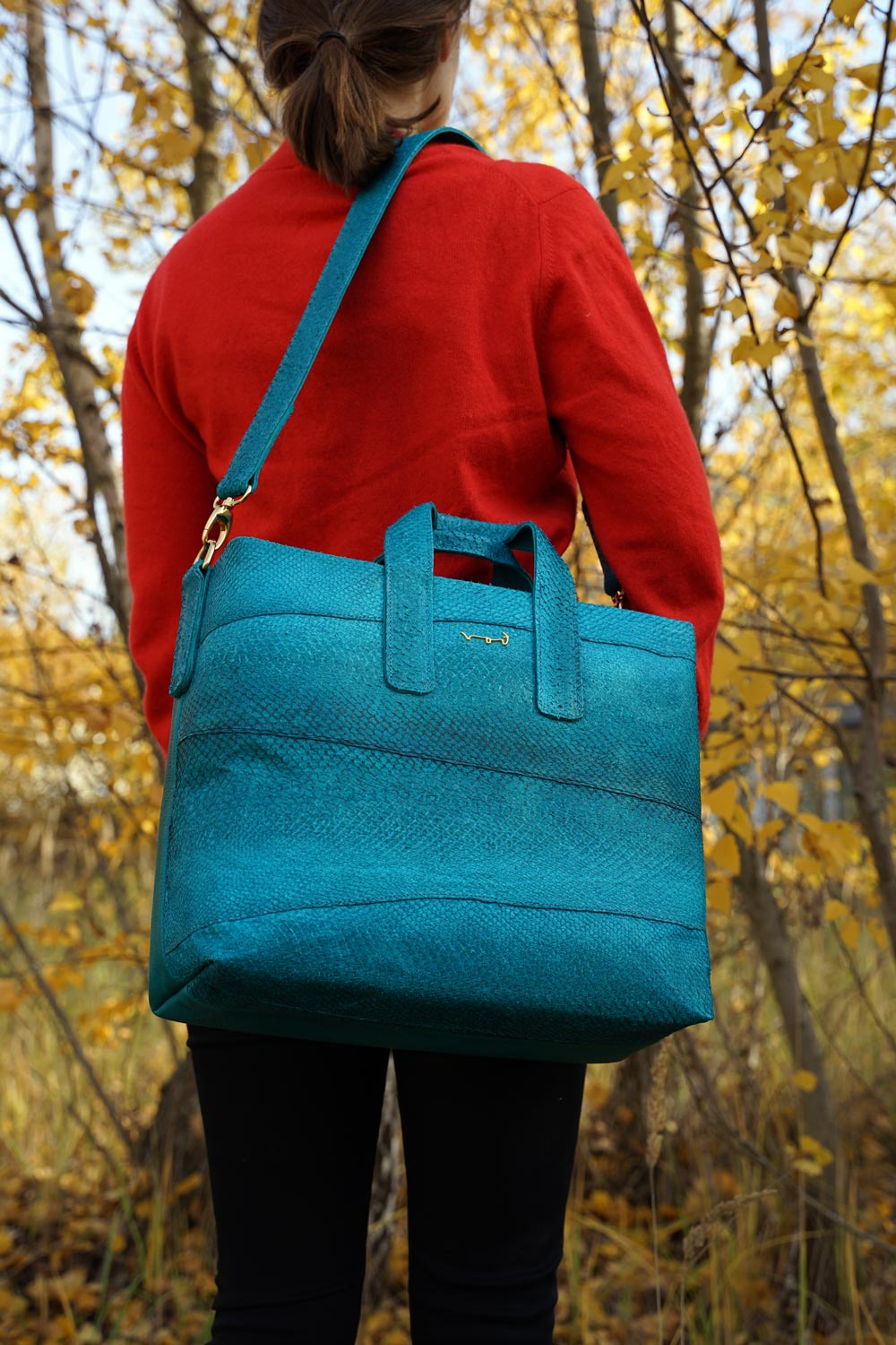 Big handbag made from salmon leather