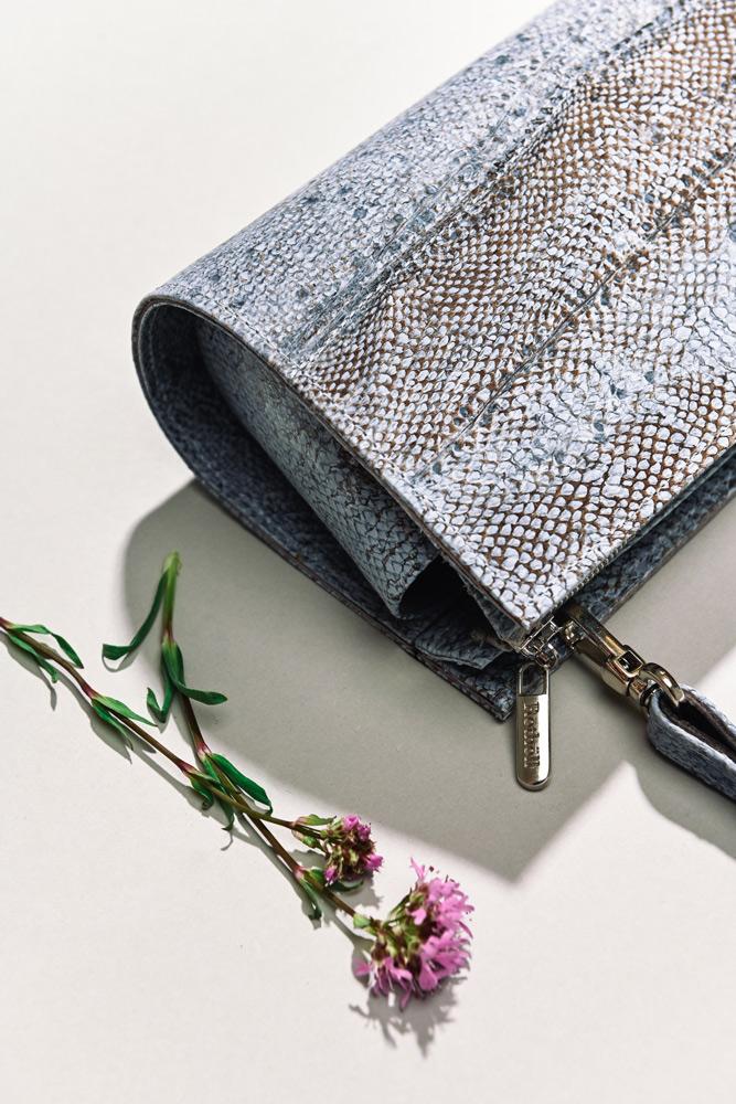 Handtasche aus Fischleder