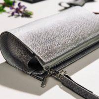 Tasche aus naturgrauem Lachsleder