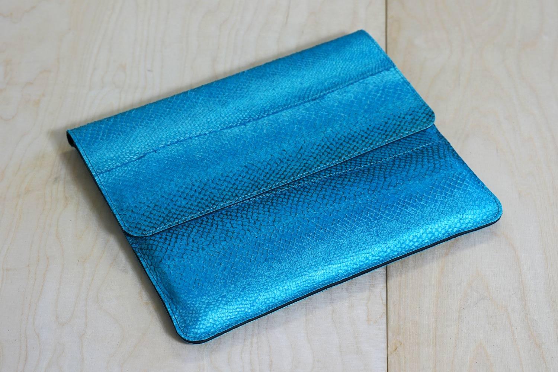 Laptop Case aus Lachsleder
